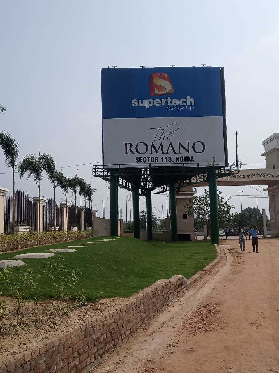 Supertech romano