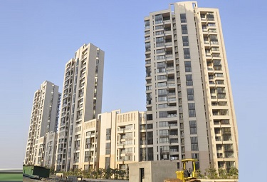 Jaypee Green Crescent Court